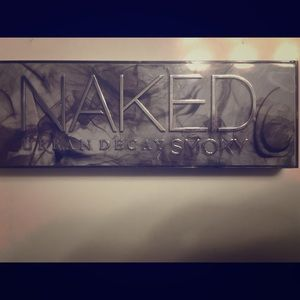 Urban Decay Naked Pallet (Smokey)